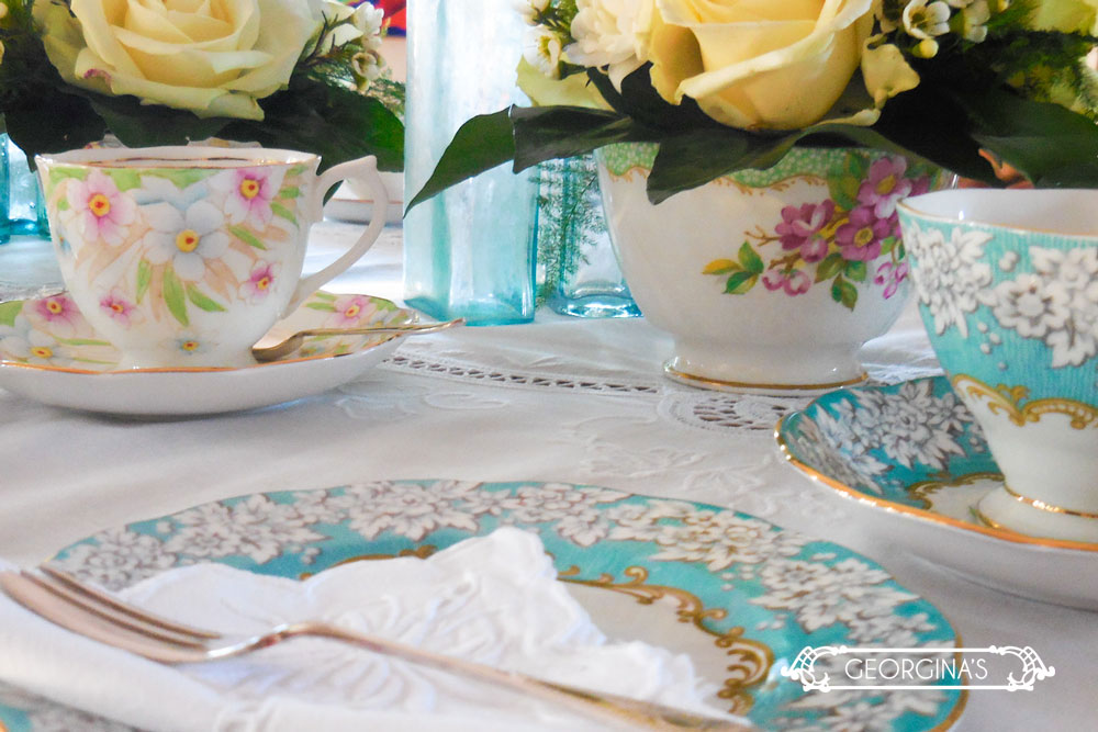 Royal Albert trios